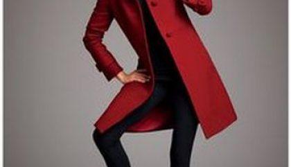40 ans + : Comment porter la couleur rouge sang?