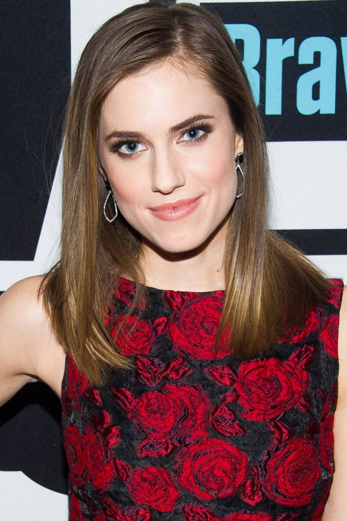 hbz-winter-best-hair-color-allison-williams-459369010-lg
