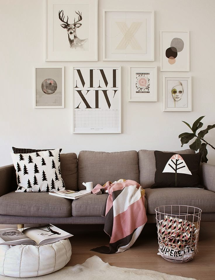 La parfaite chambre scandinave le cahier - Decorar pared sofa ...