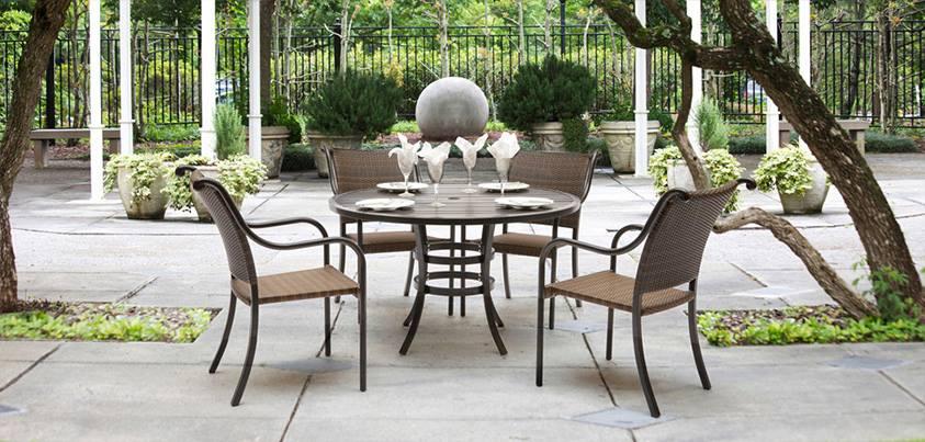 meubler son balcon pour l 39 t le cahier. Black Bedroom Furniture Sets. Home Design Ideas