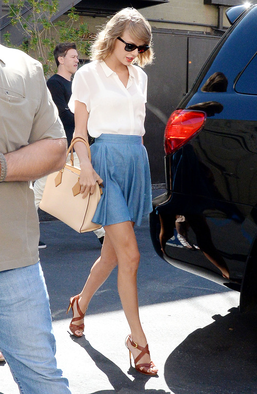 Taylor-Swift-a-Los-Angeles-le-28-juillet-2015_exact1024x768_p