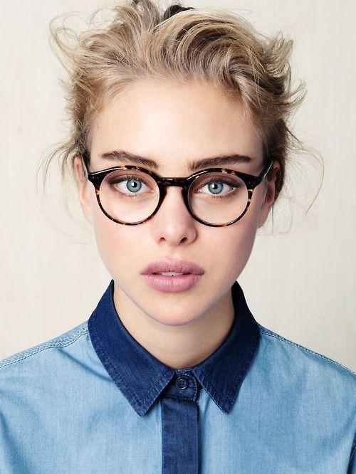 le struggle de porter des lunettes