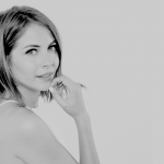 Donnez-moi le look de : Willa Holland