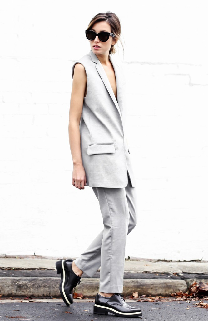 Carmen Hamilton, crème, blazer, minimaliste, monochrome, the chronicles of her