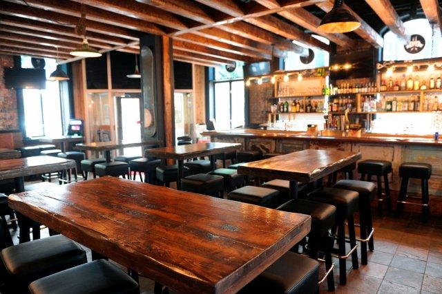 Top 5 des restaurants caf s bonnes adresses qu bec le cahier - Bureau de poste venissieux ...