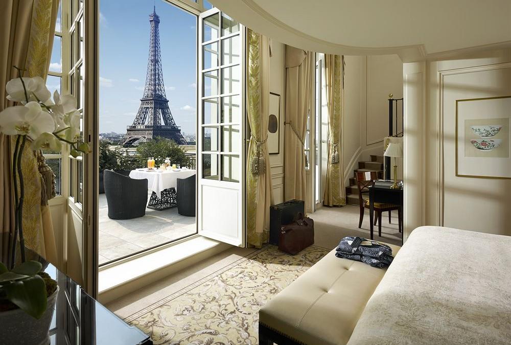hotel ,suite , romantique , paris , voyage , europe , truc et astuce , moins cher