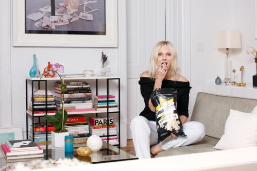 Laura Brown, Harpersbazaar, editor, written, blogger