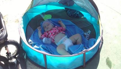 Des trucs pour voyager avec bébé