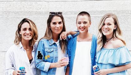 Une soirée de filles où l'on se donne le temps de se connaître hors de  l'Internet