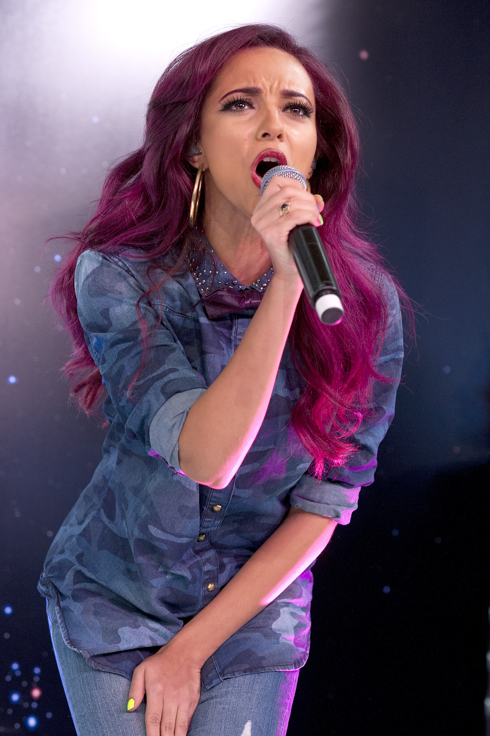 jade thirlwall, purple hair, little mix, cheveux mauves, jade thirlwall hair, little mix concert, mode, fashion