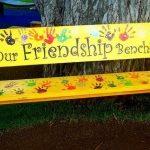 Les bancs d'amitié