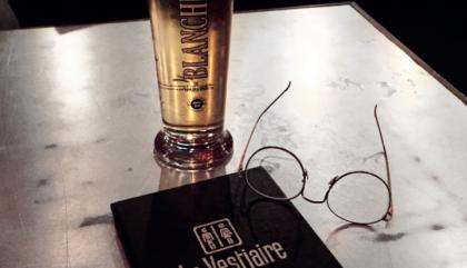 Une soirée au bar Le Vestiaire