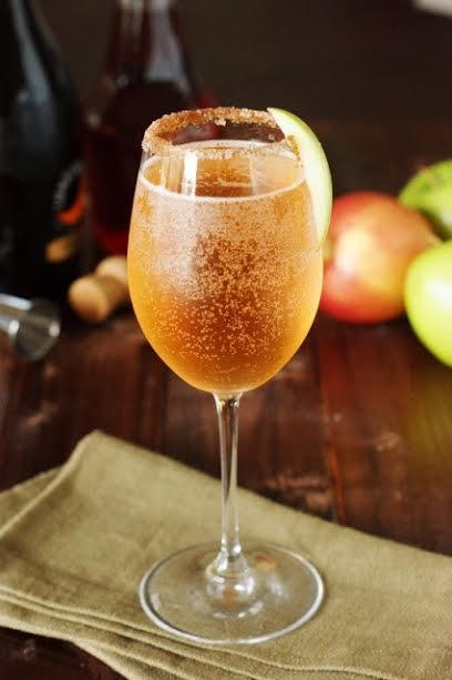 cocktail vin mousseux