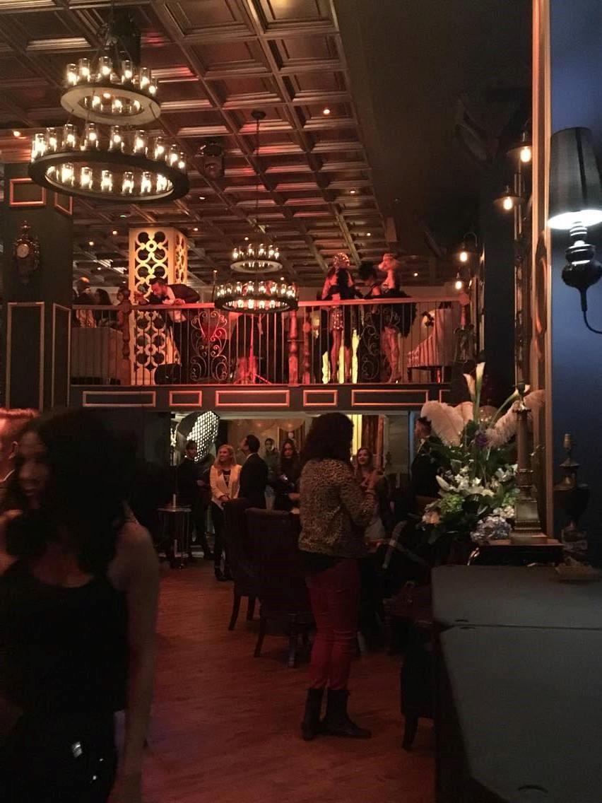 bar, décor, ambiance