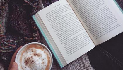 10 suggestions de livres, si jamais t'as rien à lire pour Noël