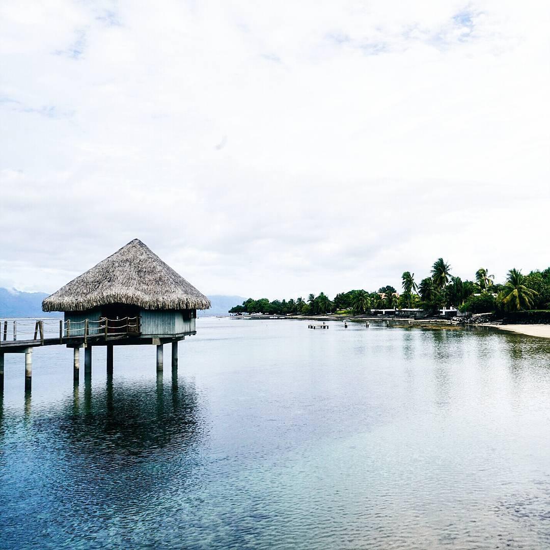 méridien tahiti hutte beach plage