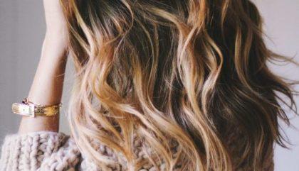 Gérer nos cheveux entre deux coupes? C'est possible!