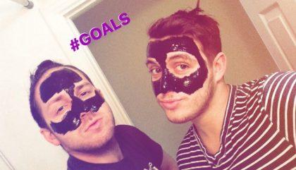 8 raisons d'essayer le Masque Noir DIY que tu vois partout