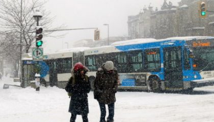 10 choses frustrantes dans les transports publics en hiver