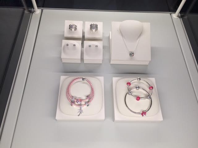 Bijoux, Fêtes des mères, Cadeaux