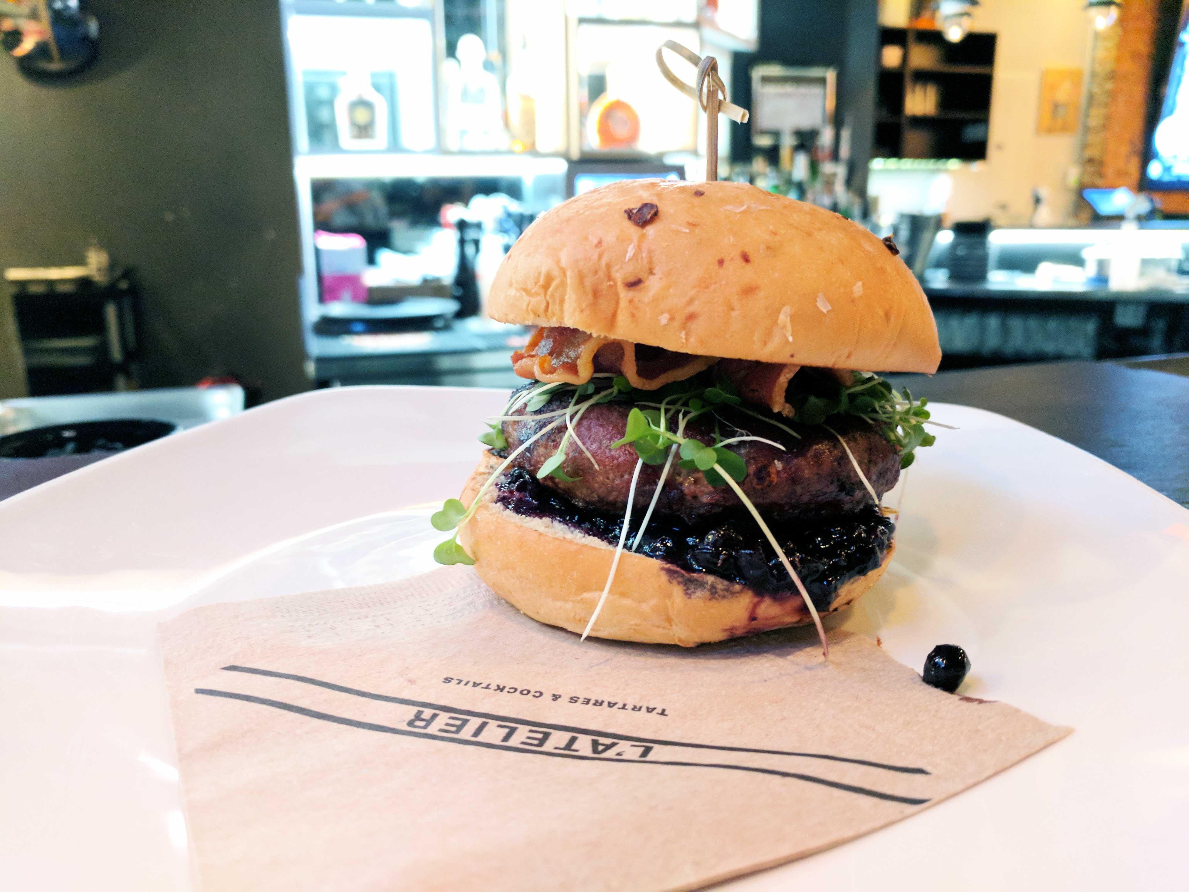 l'atelier, quebec, burger week