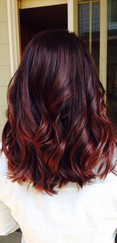 cheveux, rouge, bourgogne, tendance 2017