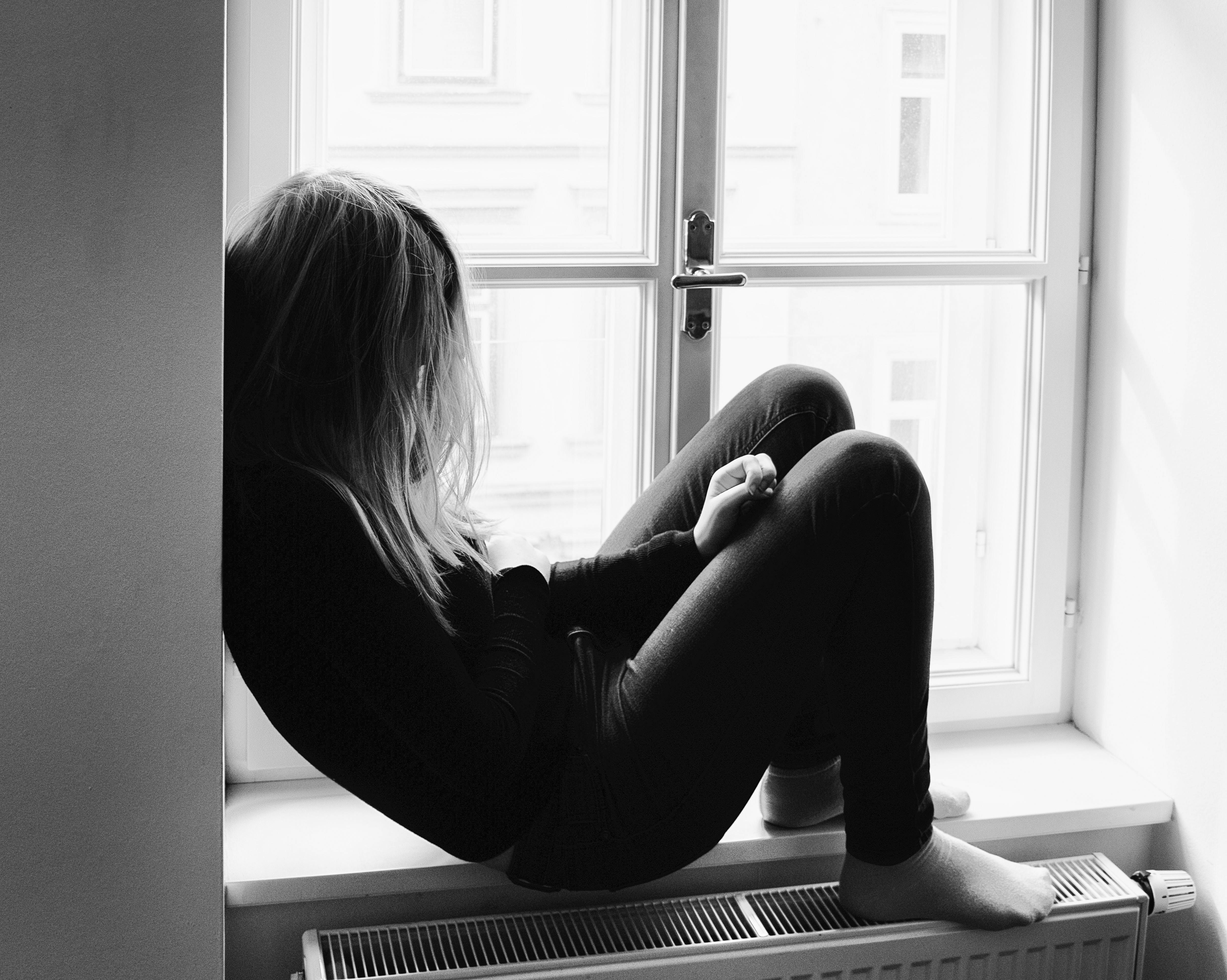 sad fenêtre