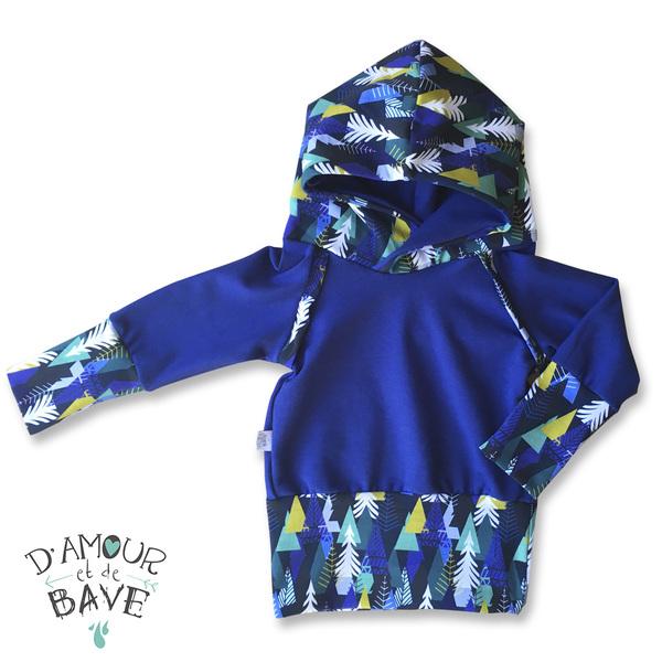 vêtements pour enfants, d'amour et de bave