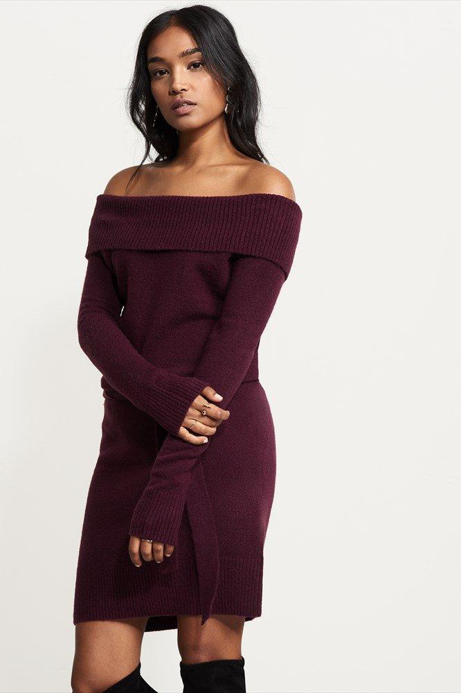 robe tricot, bourgogne, épaules dégagées