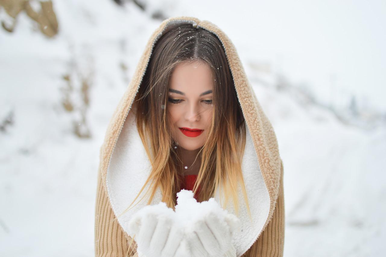 lèvres sèches, hiver, traitement, soin des lèvres, baume à lèvres