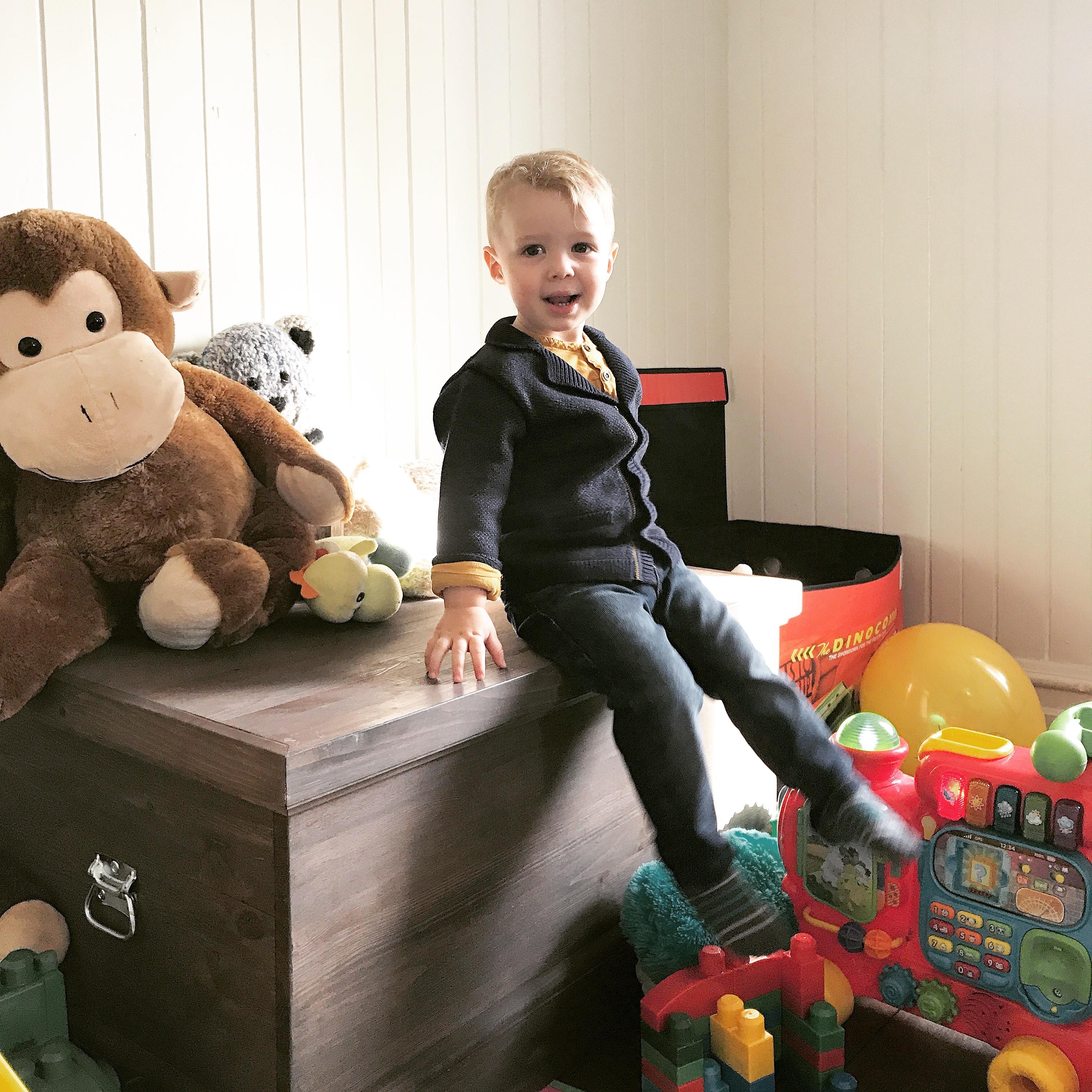 les friperies habiller ses enfants comme des rois pour une fraction du prix le cahier. Black Bedroom Furniture Sets. Home Design Ideas