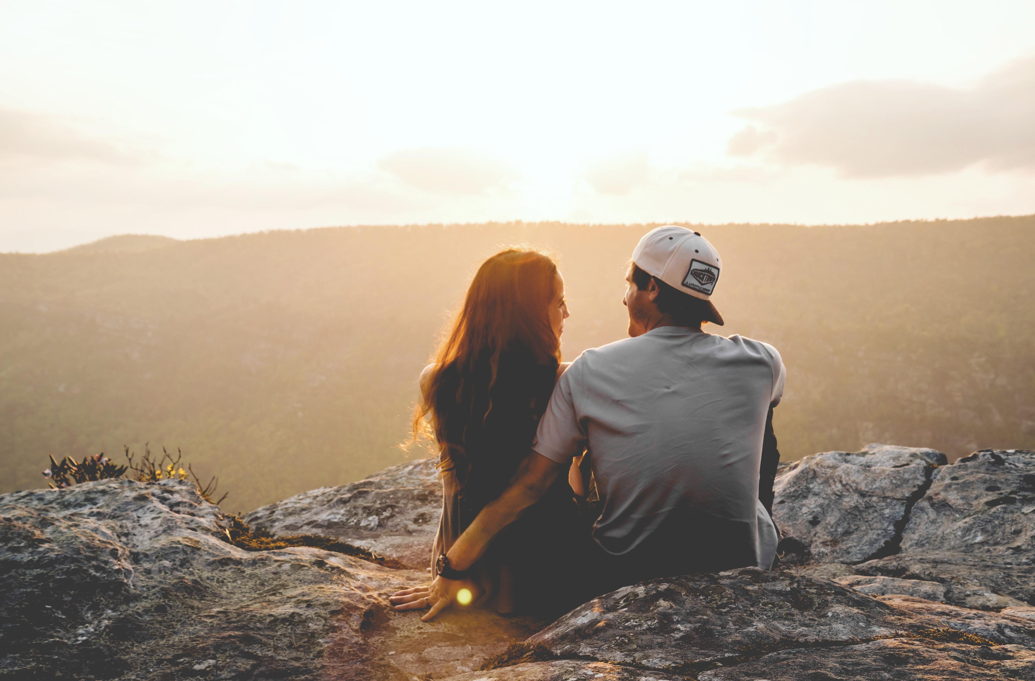 couple, bonheur, heureux, amoureux
