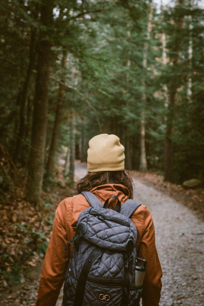 marche, nature, plein-air, dehors, extérieur, santé, forme, forêt, retour à la routine
