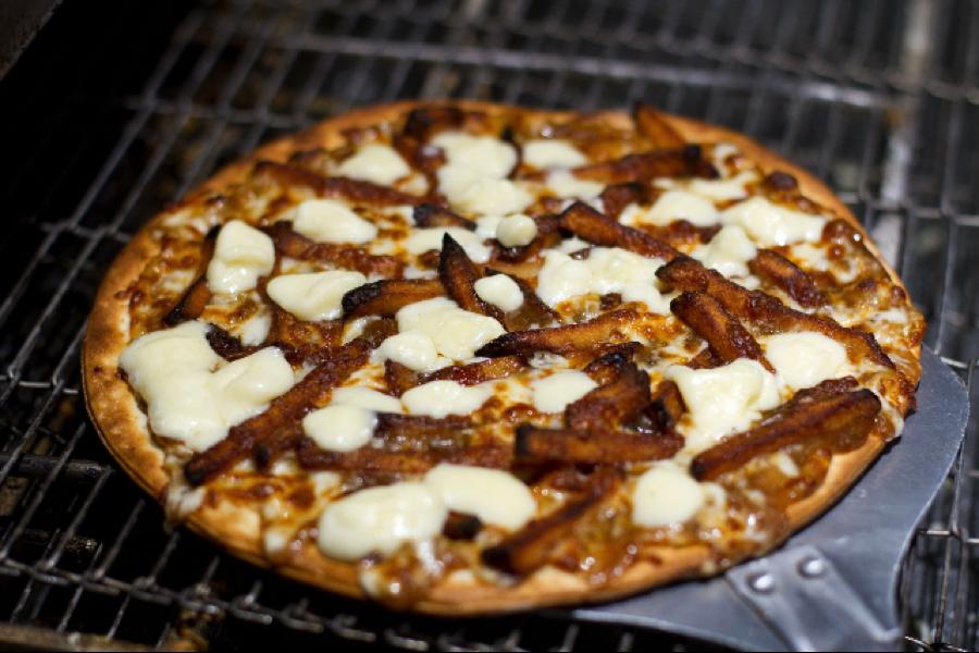 dirty pizza, poutine, poutine week 2018