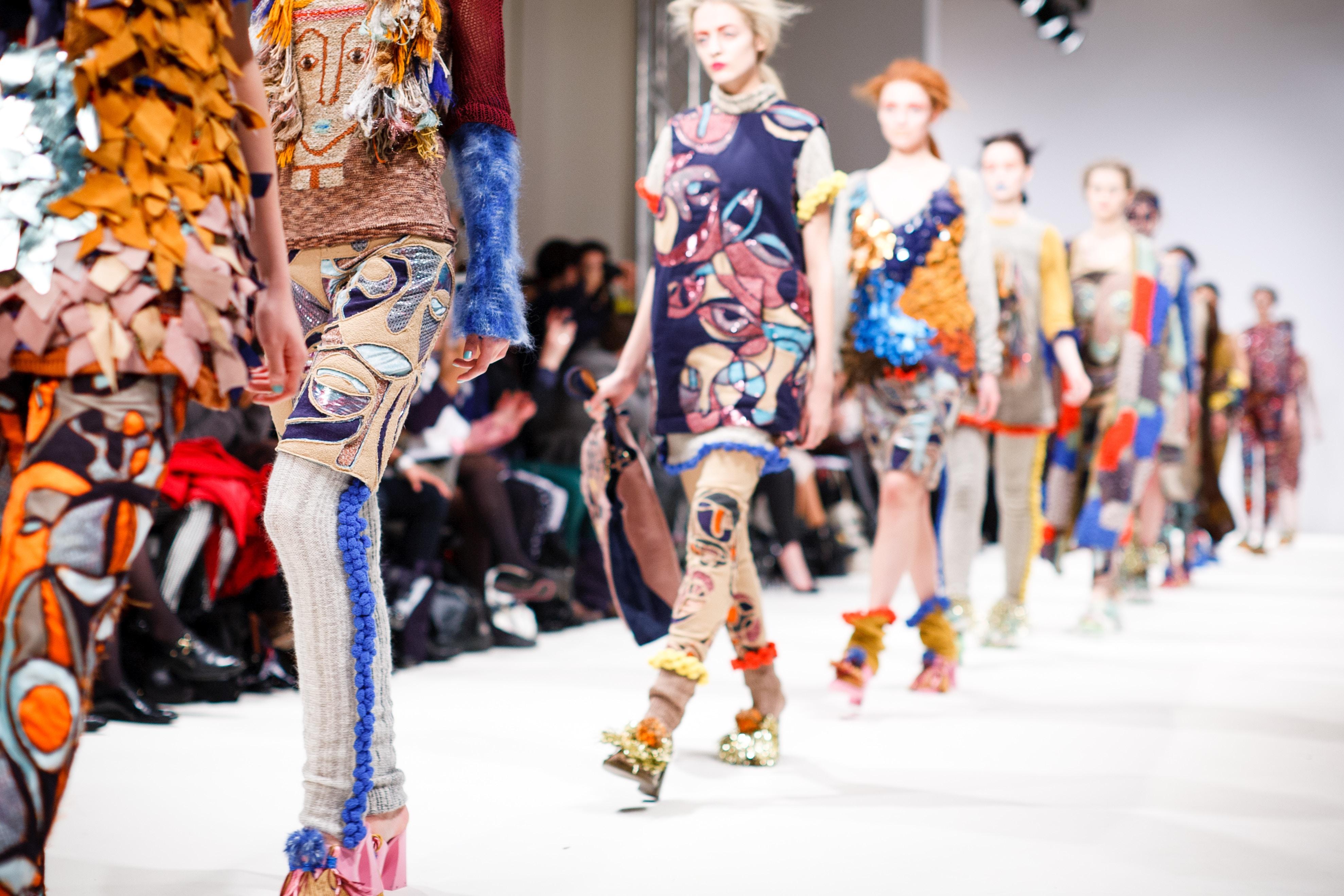 Mode Fashion Show vêtements printemps couleurs