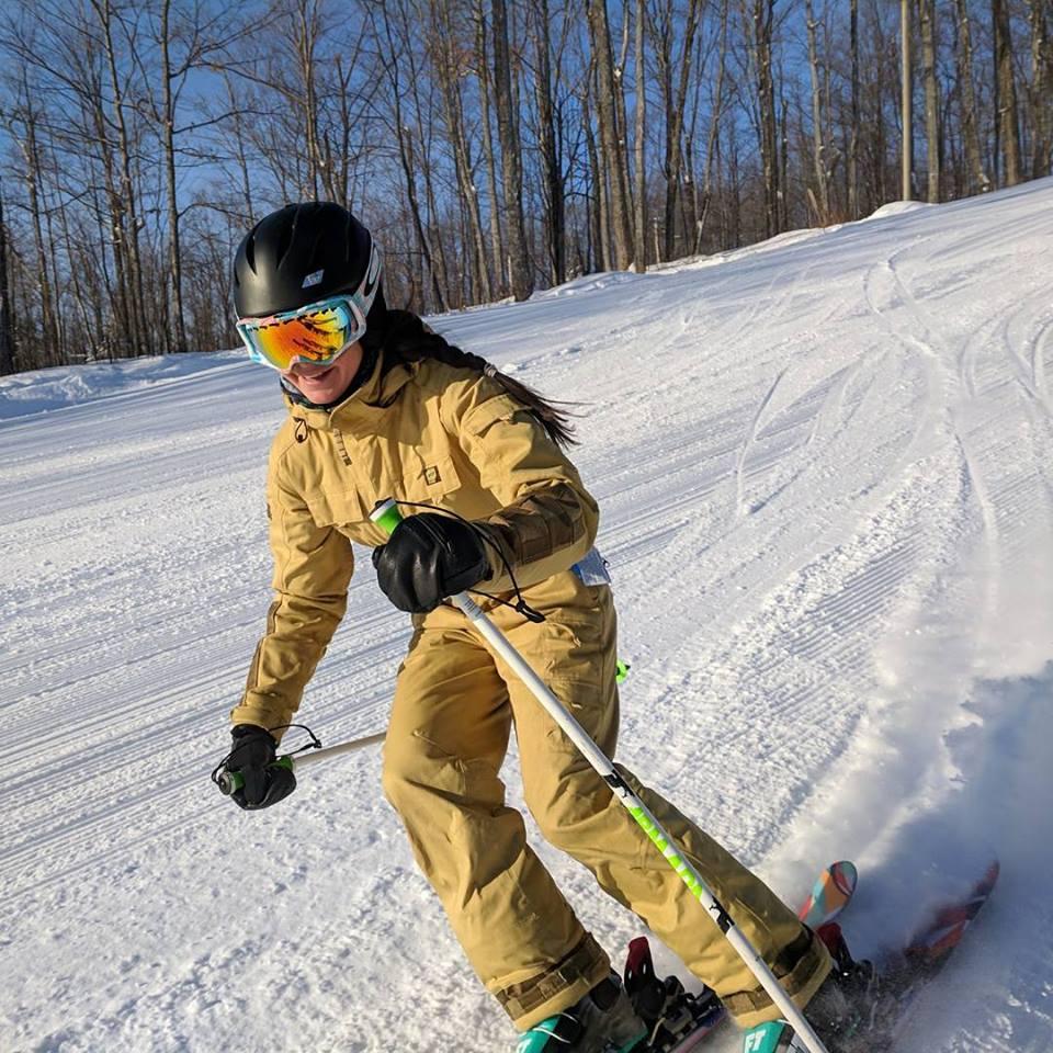 Skier suit beige