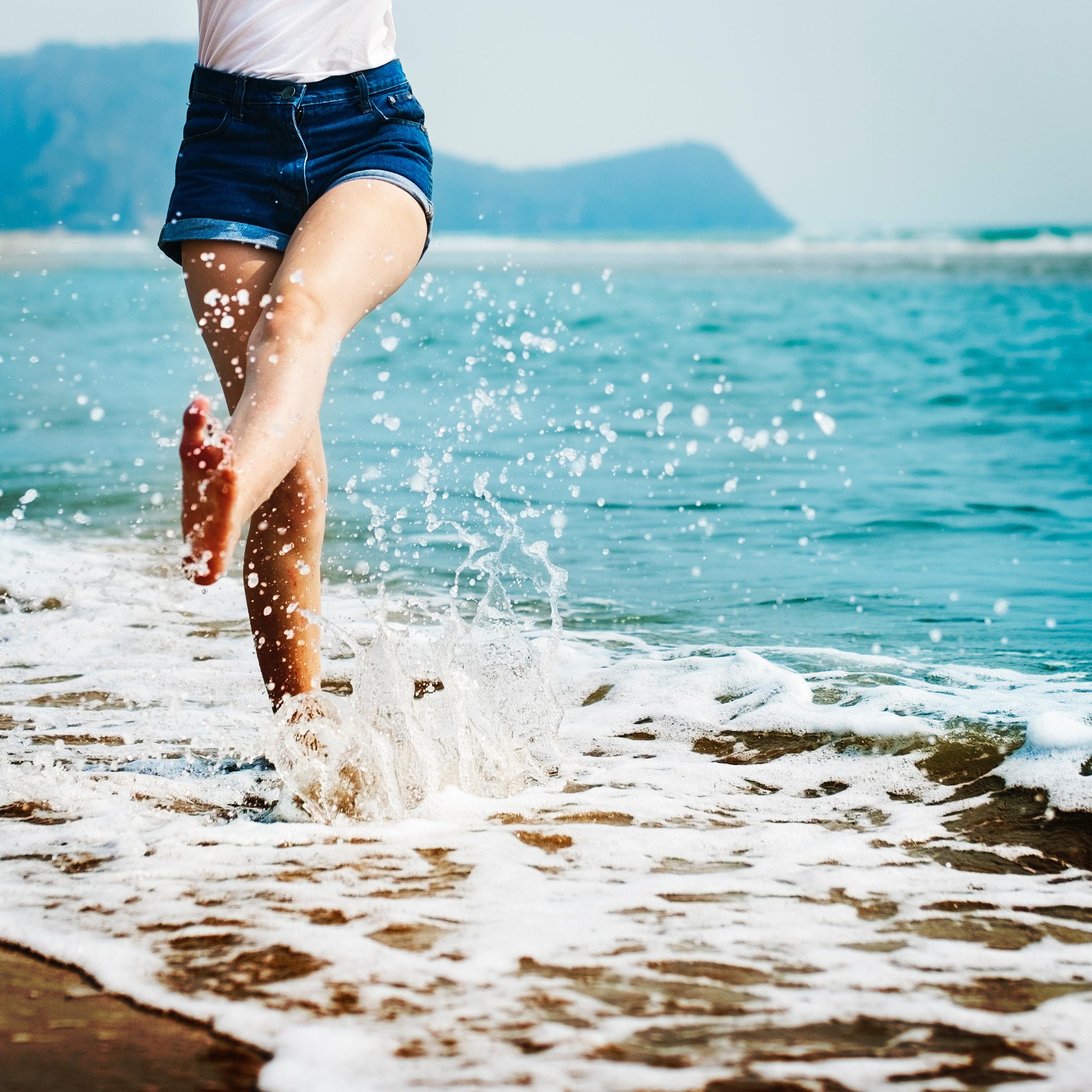 été, eau, mer, plage, soleil, coup de soleil, hydratation, protection, conseils, beauté