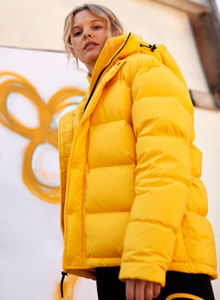 manteau puffy, jaune, soleil, hiver, froid, chaud, saisons, confortable, joli, aritzia