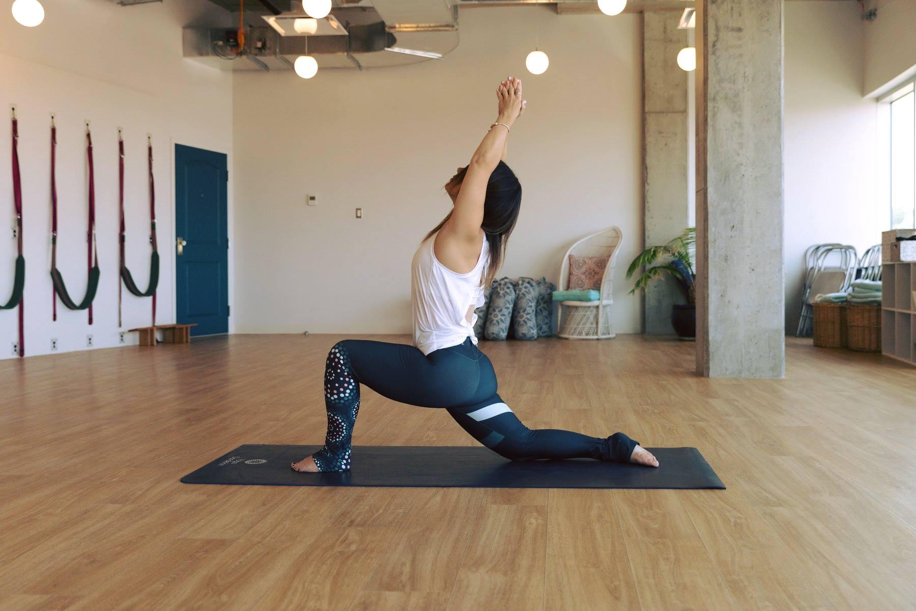 Yoga Dandelion Facebook