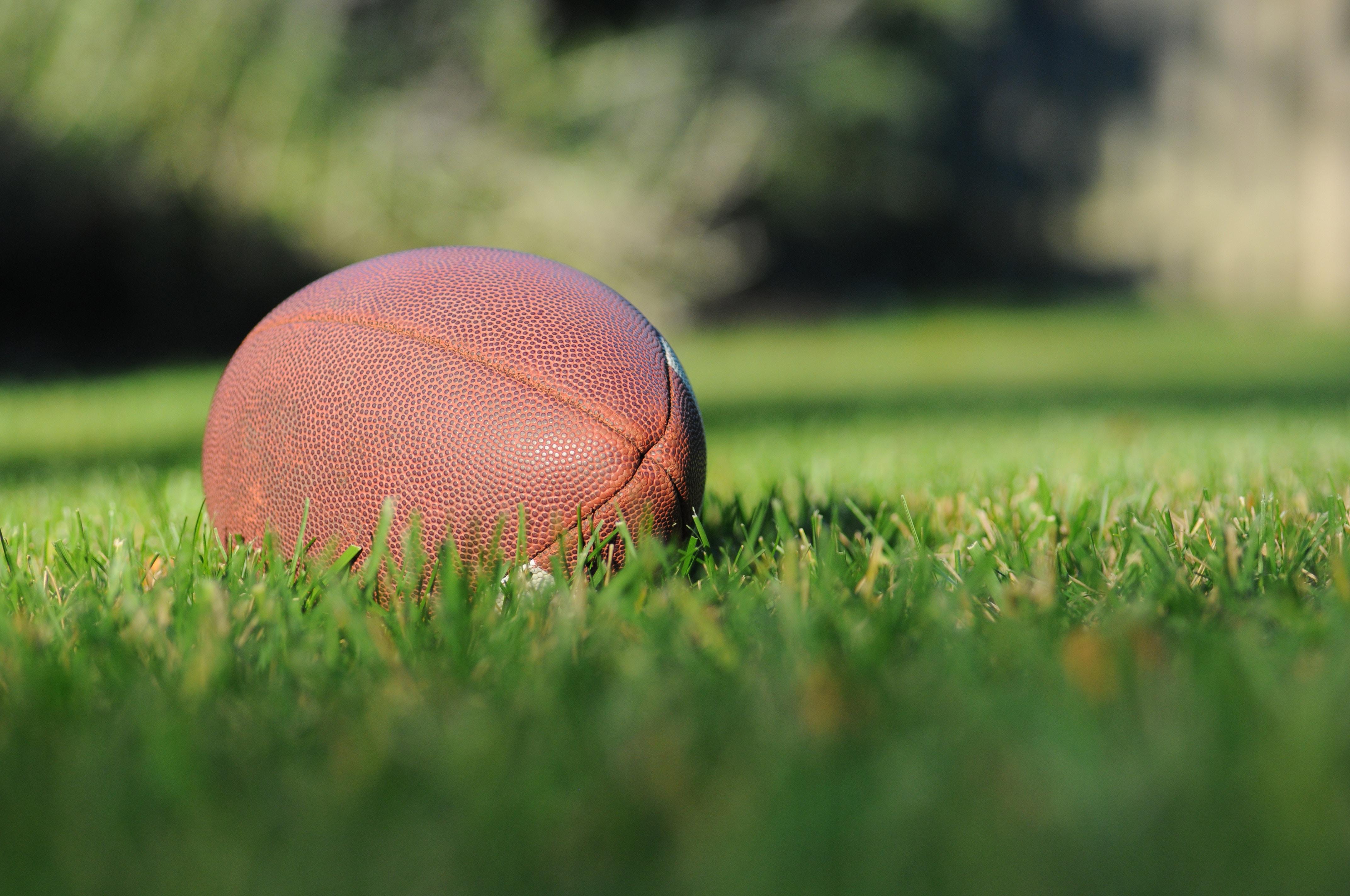 ballon football terrain
