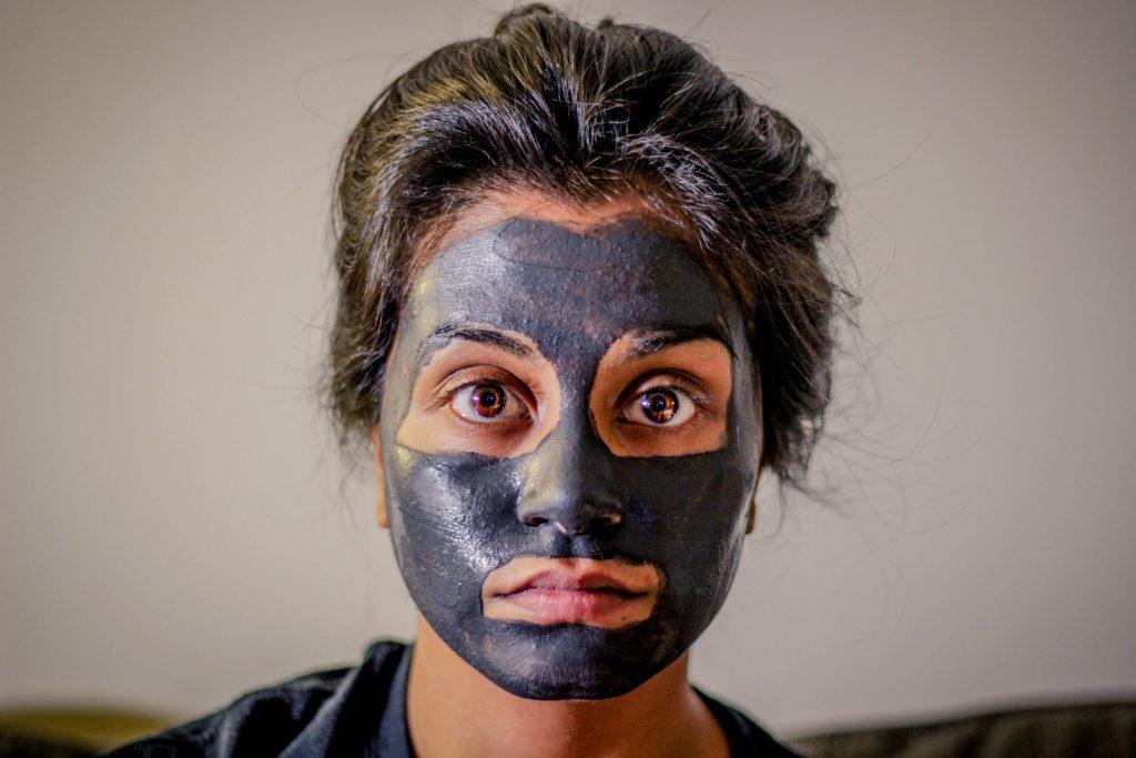masque, argile, noir, visage, peau, hydratation, beauté, bien-être, hiver