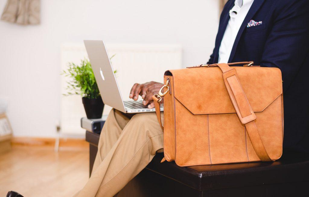 entrepreneur valise