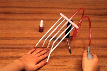 vernisseur a ongle 5 doigts