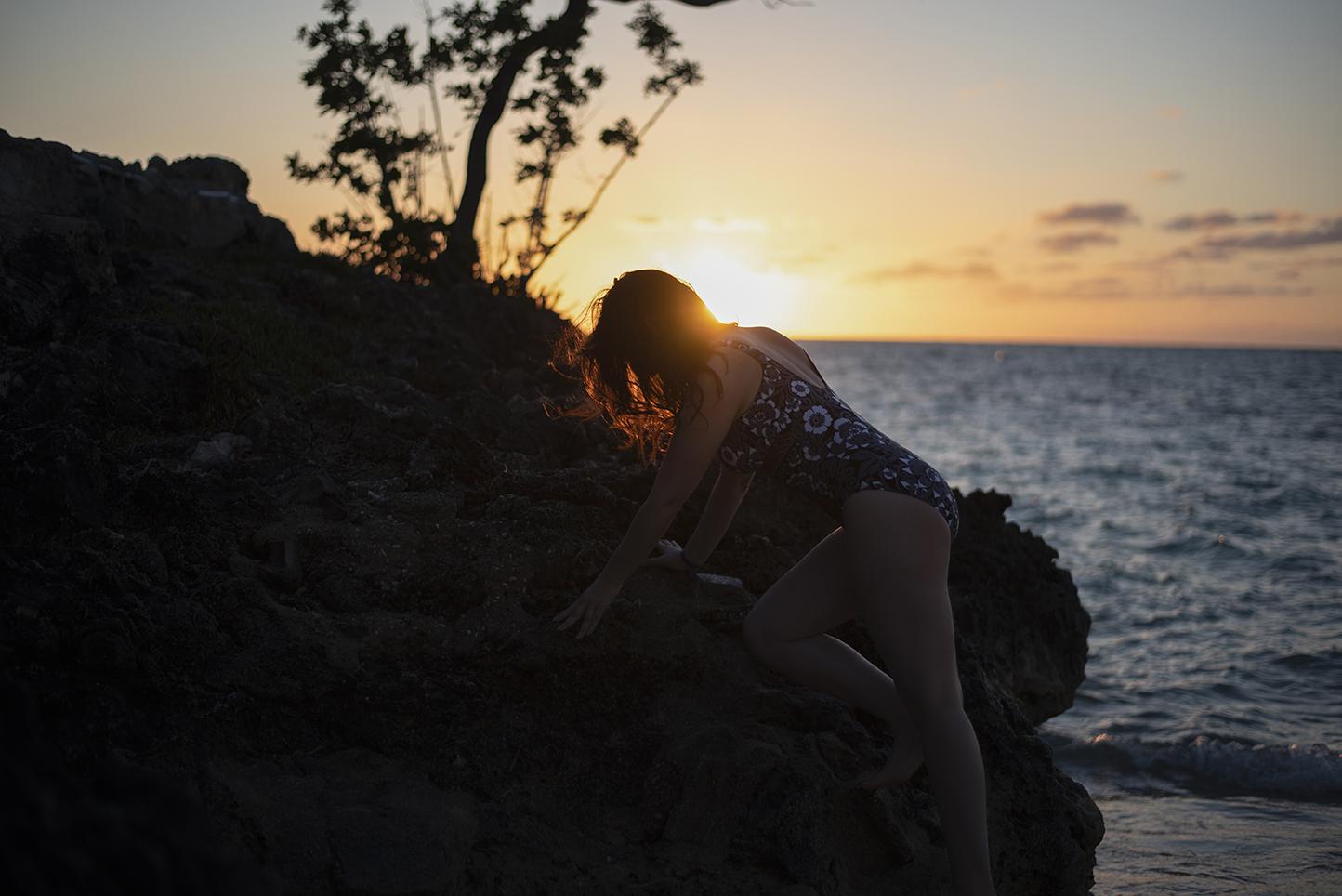 marie-chloe falardeau maillot cuba rocher coucher du soleil