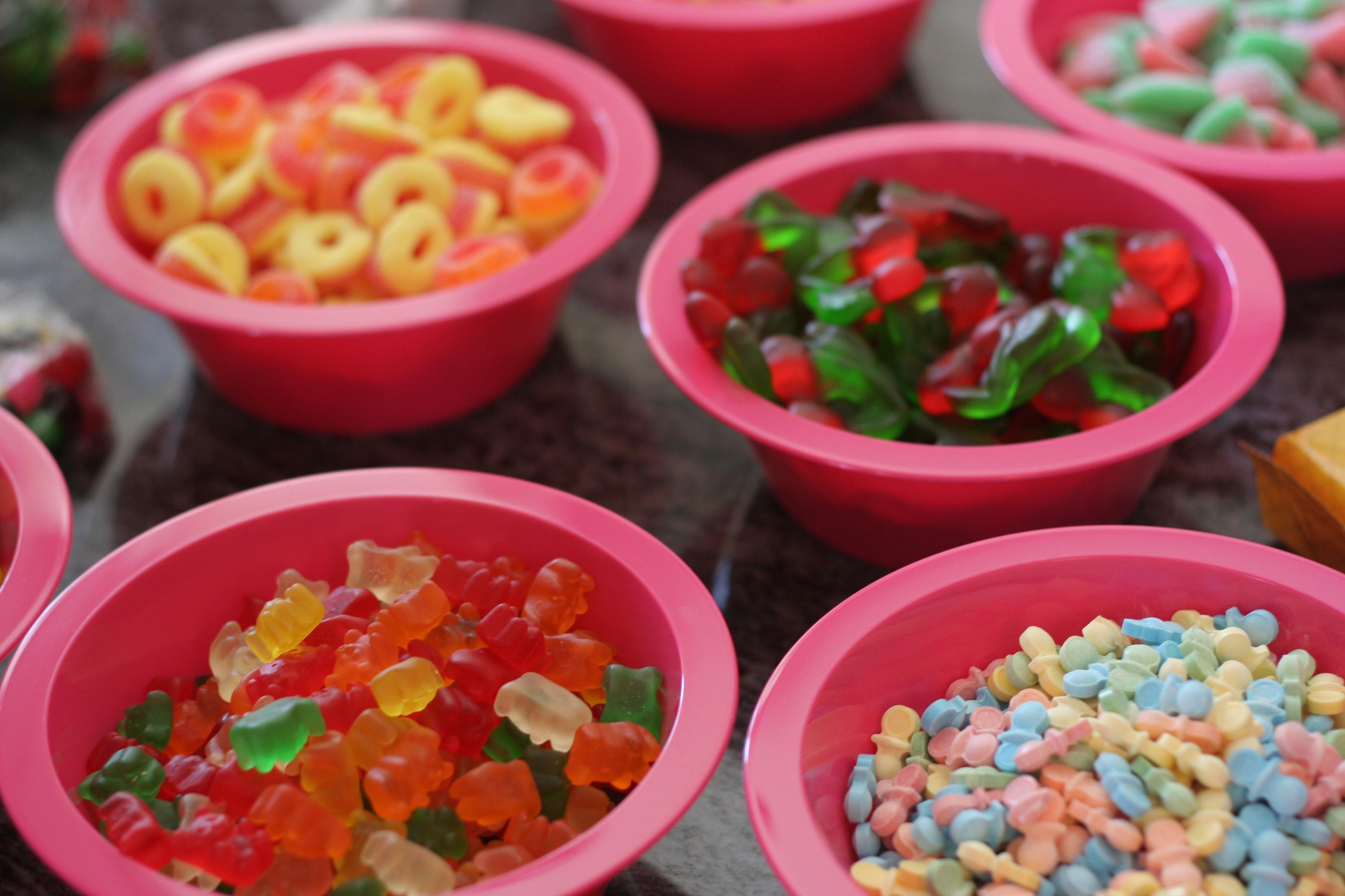 mp carle shower plat de bonbons