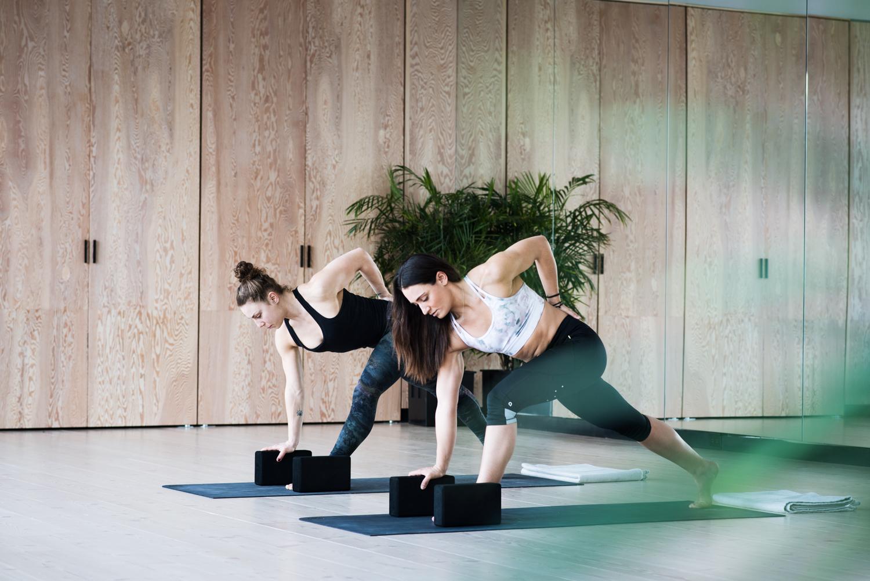 camille dg jeanne dubé machina yoga