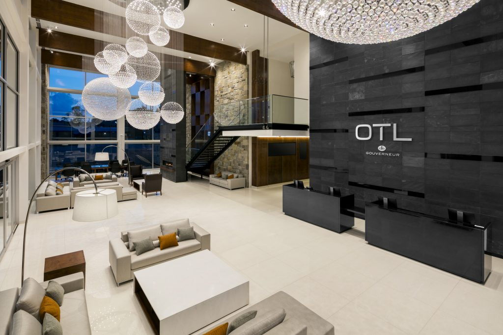 Lobby-OTL Gouverneur Sherbrooke-hotel