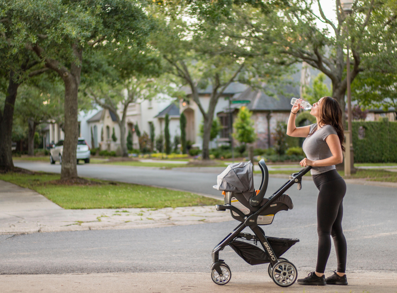 course poussette femme sport maman bébé