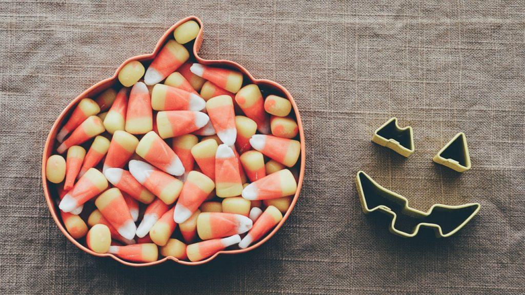 candy corn bonbons halloween