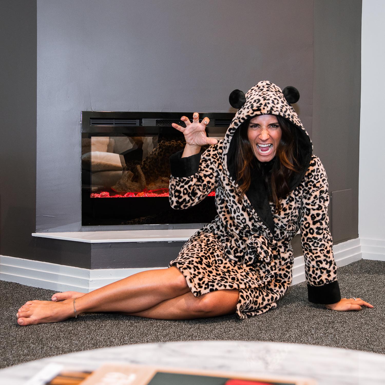 camille dg robe de chambre léopard